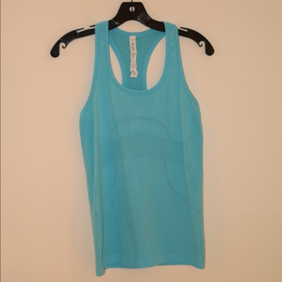 lululemon athletica Tops - Women's great condition lululemon racerback tank